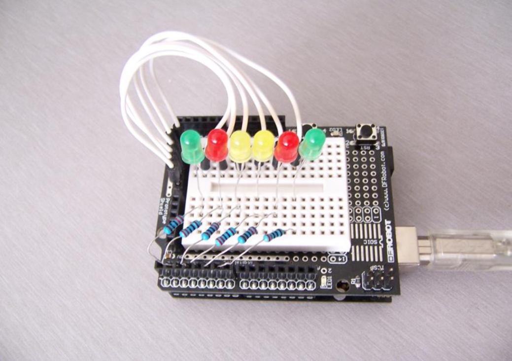 Arduino 入门到精通 广告灯效果实验
