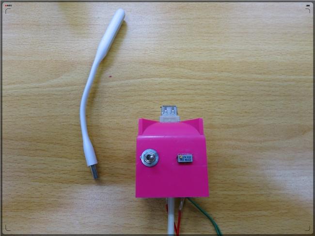 教你如何给小米LED随身灯加上调节开关!